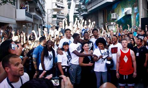 Γιάννης Αντετοκούνμπο: Ο MVP του NBA επέστρεψε στα Σεπόλια και αποθεώθηκε (pics&vids)