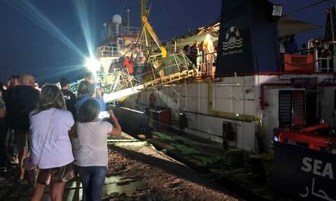 Στη Λαμπεντούζα το Sea-Watch 3 - Το Παρίσι είναι έτοιμο να δεχθεί 10 μετανάστες