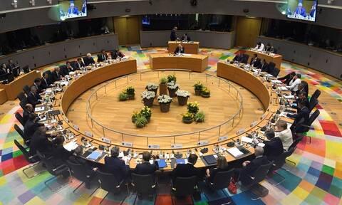 Σύνοδος Κορυφής: «Σκληρό» παζάρι στις Βρυξέλλες για τις κορυφαίες θέσεις της ΕΕ