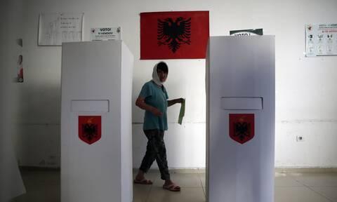 Αλβανία: Μικρή συμμετοχή και μικροεπεισόδια στις δημοτικές εκλογές