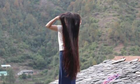 Δεν έκοψε τα μαλλιά της για 30 χρόνια! Οταν δείτε το αποτέλεσμα θα πάθετε πλάκα (video)