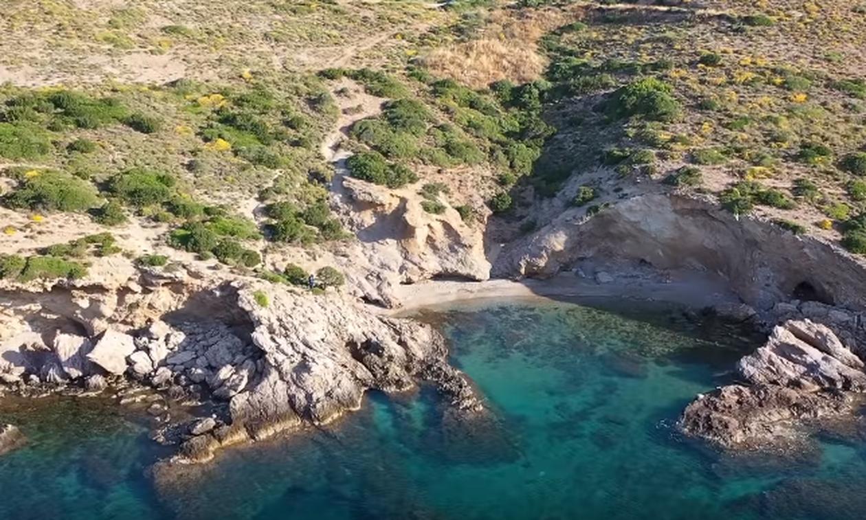 Η παραδεισένια παραλία που βρίσκεται μόλις 45 λεπτά από την Αθήνα (video)