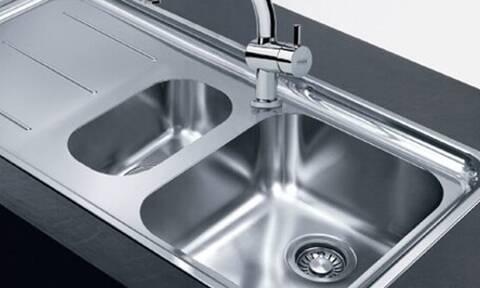 Έτσι θα καθαρίσετε τον νεροχύτη σας με φυσικά υλικά (pics)