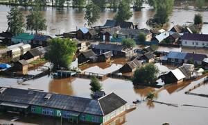 Ρωσία: 12 νεκροί, 9 αγνοούμενοι, 751 τραυματίες μετά τις σαρωτικές πλημμύρες
