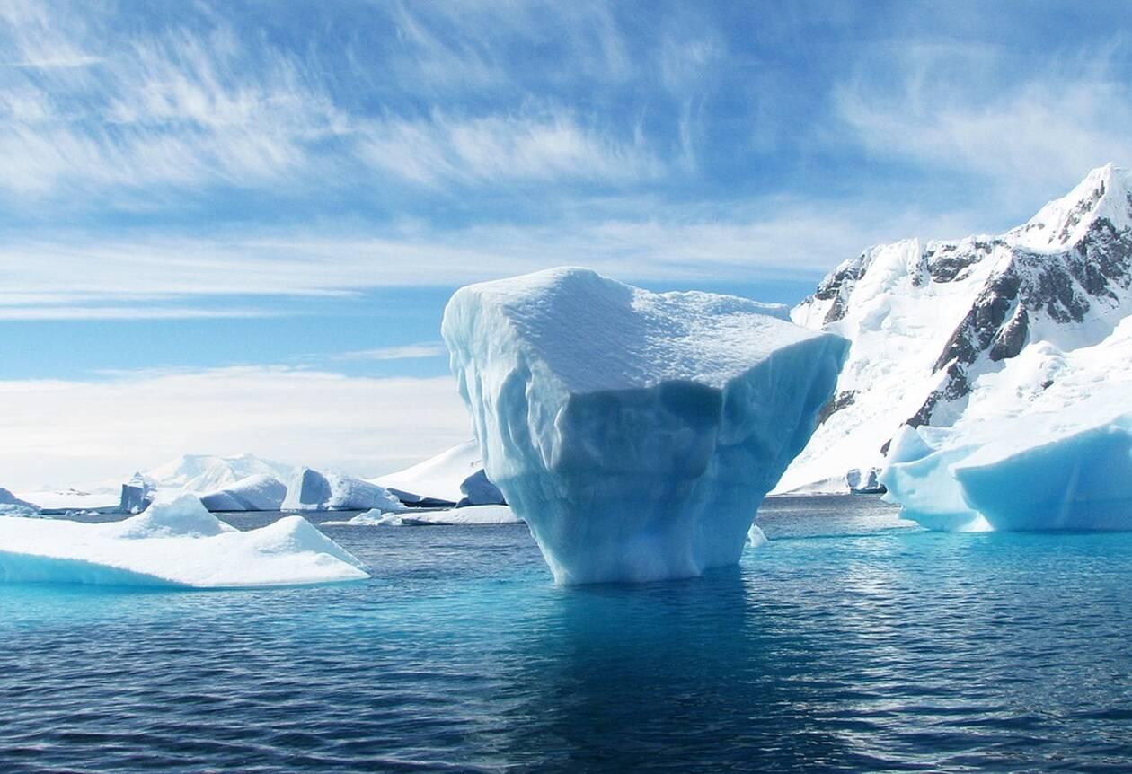 iceberg-404966_960_720.jpg