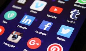 Καλεί σε «απεργία» στα social media: «Μην τα χρησιμοποιείτε 4 και 5 Ιουλίου»