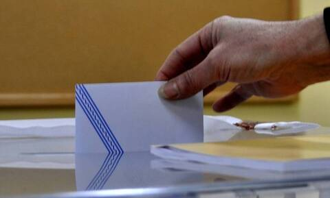 Εκλογές με ντέρμπι