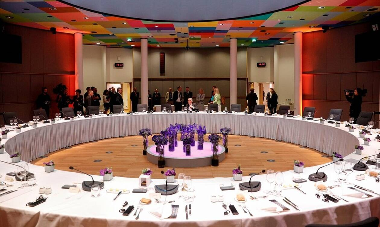 Συμφωνία στη Σύνοδο Κορυφής: Επικεφαλής της Κομισιόν η Ούρσουλα φον ντερ Λάιεν - Στην ΕΚΤ η Λαγκάρντ