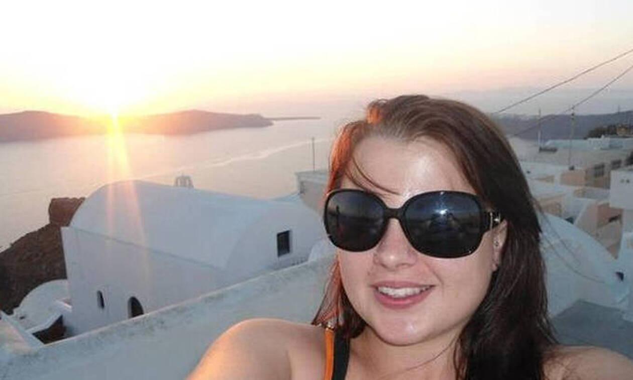 Άγριο έγκλημα: Της έκοψε το λάρυγγα και δεν μπορούσε να φωνάξει «βοήθεια»