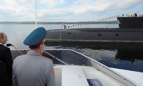 Ρωσία: Οι 14 ναυτικοί θυσιάστηκαν για να σώσουν από τη φωτιά το απόρρητο βαθυσκάφος (vid)