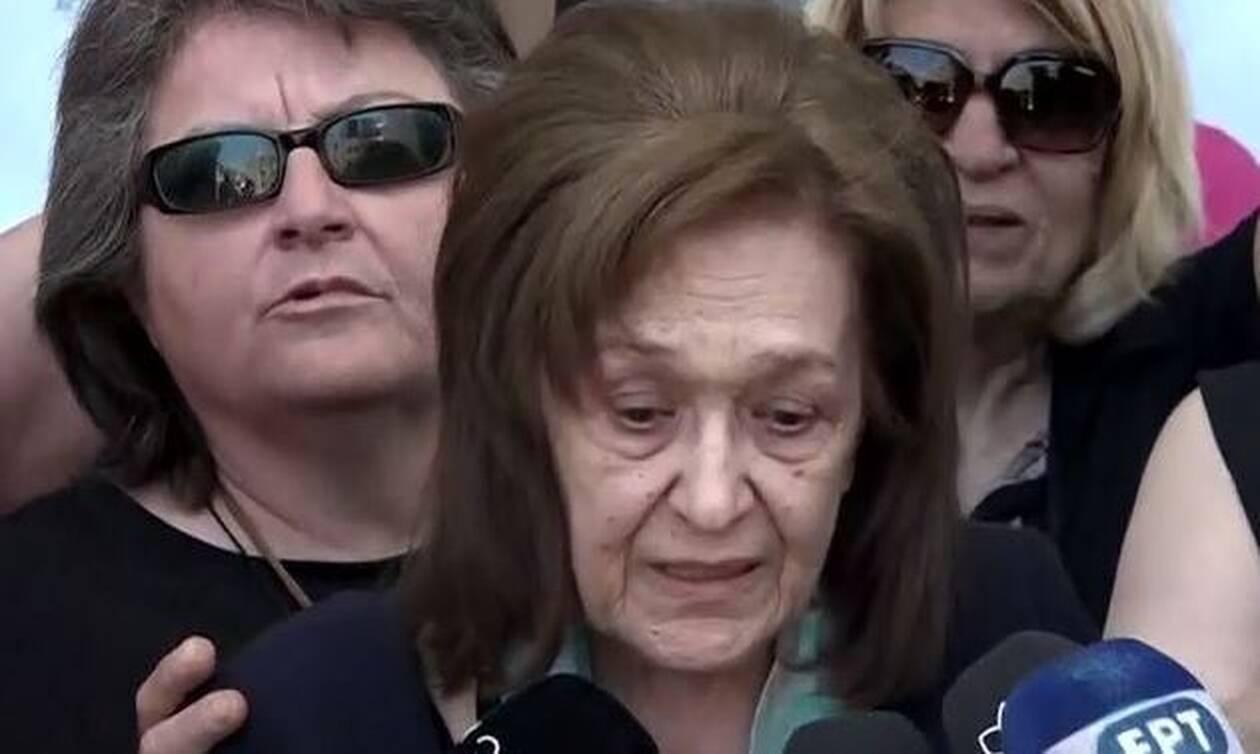 Μάριος Παπαγεωργίου: Συγκλονίζει η μητέρα του - Ξέσπασε σε κλάματα μετά την απόφαση του δικαστηρίου