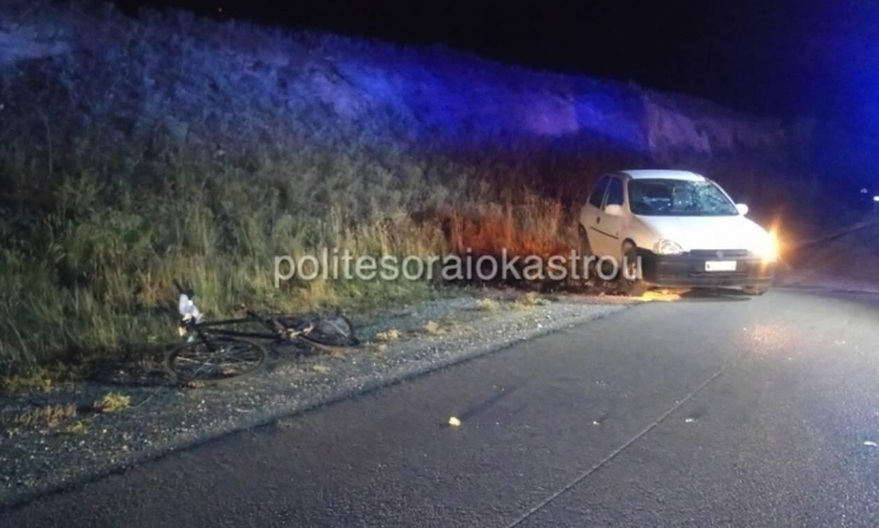Τραγωδία στο Ωραιόκαστρο: Αυτοκίνητο παρέσυρε ποδηλάτη (pics&vid)