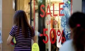 Θερινές εκπτώσεις: Ξεκινούν αμέσως μετά τις εκλογές - Ποιες Κυριακές θα είναι ανοιχτά τα μαγαζιά