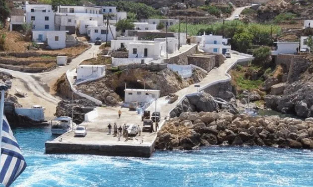 Το ελληνικό νησί που έδιναν 500 ευρώ το μήνα για να μείνεις εκεί (pics)
