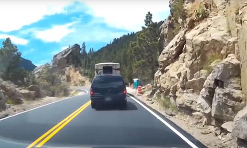 Video που σοκάρει: Οδηγούσε ανέμελος και είδε αυτό - Δεν πίστευε την κατάληξη