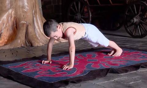 Έπος: Είναι μόλις 6 ετών και έβγαλε πάνω από χίλια push ups! (vid)