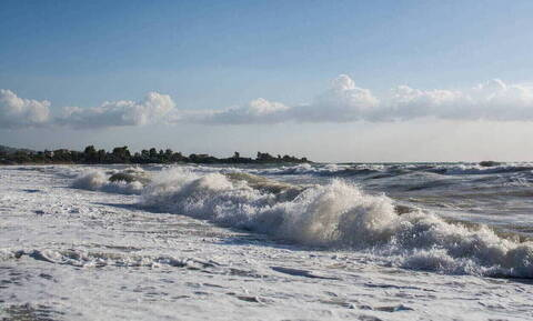 Μοιραία «βουτιά» για ηλικιωμένο σε παραλία της Φθιώτιδας