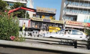 Τροχαίο στον Κηφισό: Ανετράπη ταξί - Ουρές χιλιομέτρων στην κάθοδο