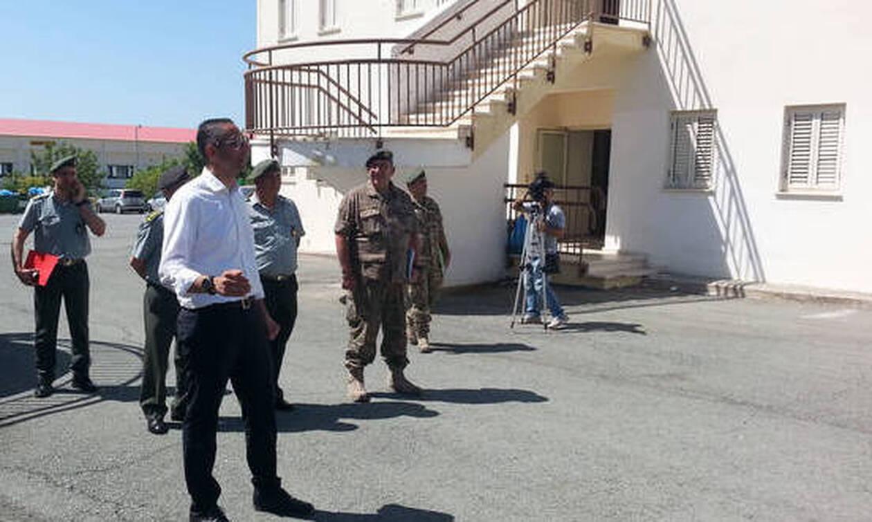 ΥΠΑΜ Κύπρου: Το τουρκικό υποβρύχιο στο λιμάνι της Κερύνειας δεν συνδέεται με «Φατίχ» και «Γιαβούζ»