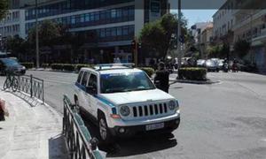 Σοκαριστικό βίντεο: «Παρκαδόρος» στην Κρήτη χτυπάει ανήλικο τουρίστα!