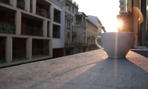 Γιατί δεν πρέπει να πίνεις καφέ με άδειο στομάχι