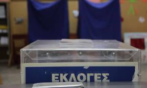 Εκλογές 2019: Άδεια τα εκλογικά τμήματα στην Αργολίδα, οι ψηφοφόροι προτίμησαν τις παραλίες (pics)