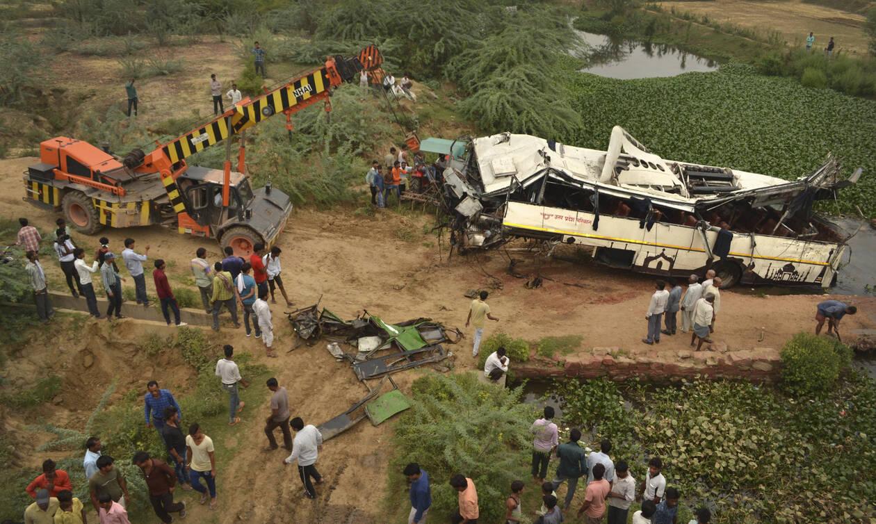 Τροχαίο – σοκ στην Ινδία: 29 νεκροί