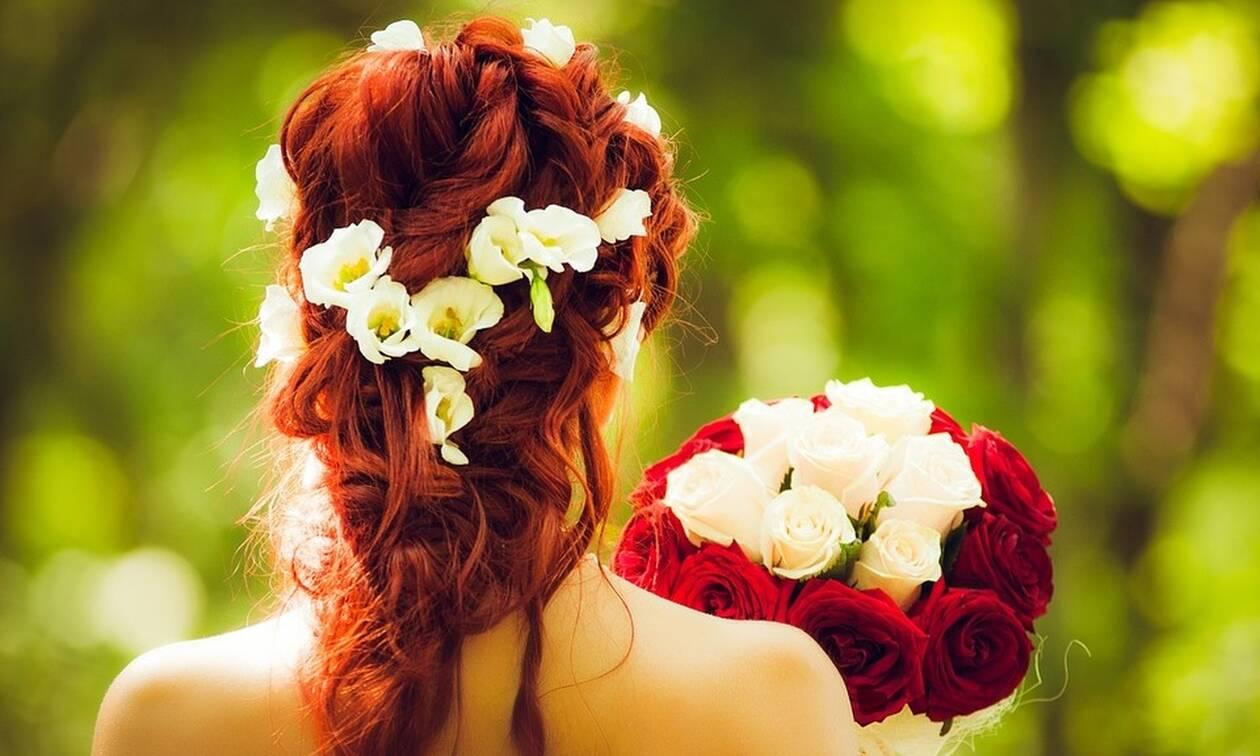 Με αυτό το κόλπο τα μαλλιά σου θα μυρίζουν πάντα τέλεια!