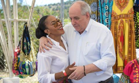 Υφυπουργός μέχρι τέλους ο Τέρενς - Στέλνει μήνυμα και στον Τσίπρα