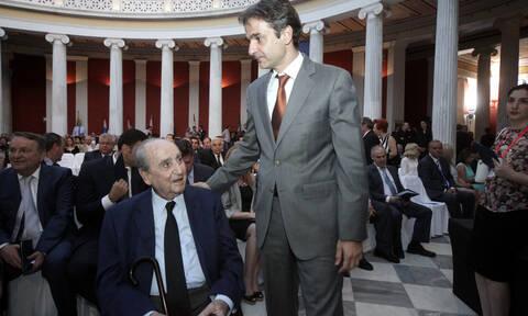 Η προφητική ευχή του Κωνσταντίνου Μητσοτάκη στον Κυριακό: «Συγχαρητήρια και Πρωθυπουργός!»