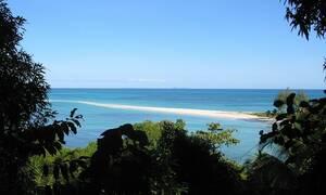 Ταξίδι στην «άγρια» ομορφιά της Μαγαδασκάρης (vid)