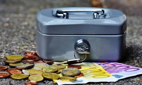ΕΦΚΑ: Νέο επίδομα 250 ευρώ – Ποιοι και πότε θα το πάρουν