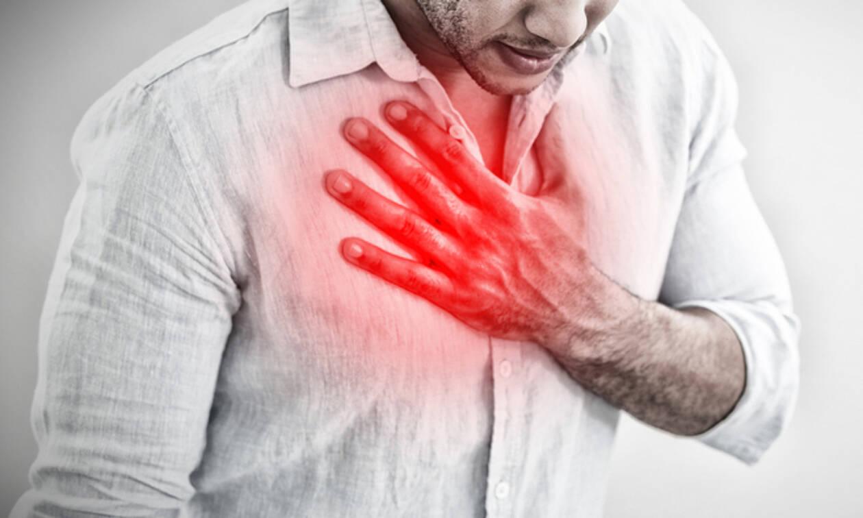 Πόνος στο στήθος: 8 σοβαρές αιτίες πλην του εμφράγματος (εικόνες)
