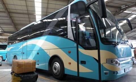 Εφιάλτης στο ΚΤΕΛ: Δείτε τι έπαθε επιβάτης - «Πάγωσε» ο οδηγός (pics)
