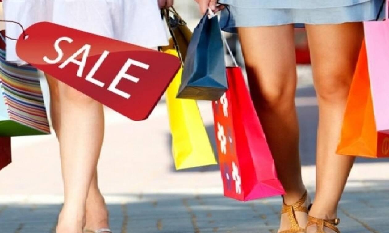 В Греции стартовал период летних распродаж