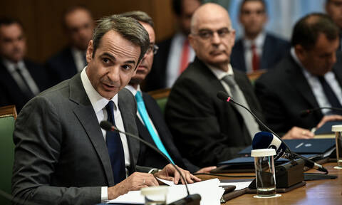 Υπουργικό Συμβούλιο: Αυτοί είναι οι μπλε φάκελοι που μοίρασε ο Μητσοτάκης – Τι περιέχουν (pics)