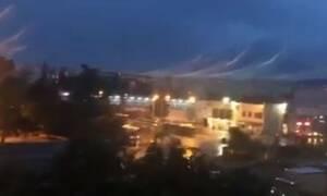 Καιρός ΤΩΡΑ: Σφοδρή καταιγίδα «χτυπά» την Θεσσαλονίκη (vid)