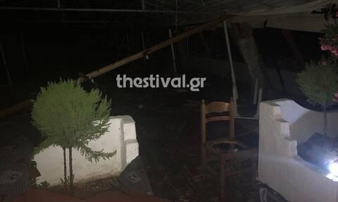 Χαλκιδική - Ανατριχιαστική μαρτυρία: «Είδα τη γυναίκα να την καταπλακώνει η στέγη» (vid)