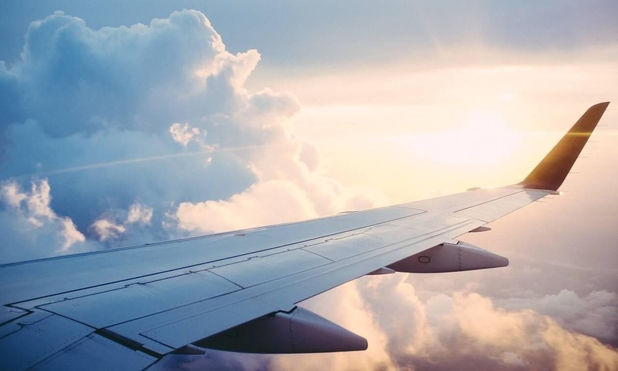 Τρόμος στον αέρα: Πιλότος λιποθύμησε εν ώρα πτήσης (pics)