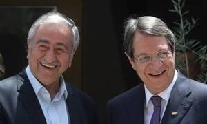 Αναστασιάδης - Ακιντζί: Εγκαινίασαν την διασύνδεση κινητής τηλεφωνίας