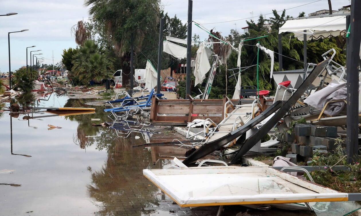 Φονική καταιγίδα Χαλκιδική: Αποκαθίστανται τα περισσότερα προβλήματα ηλεκτροδότησης