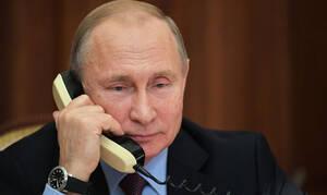 Путин впервые провел разговор с Зеленским
