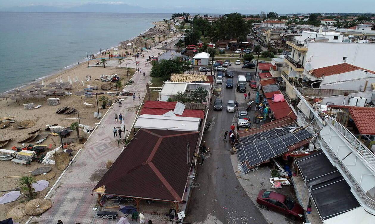 На полуострове Халкидики устраняют последствия непогоды, унесшей жизни 7 человек