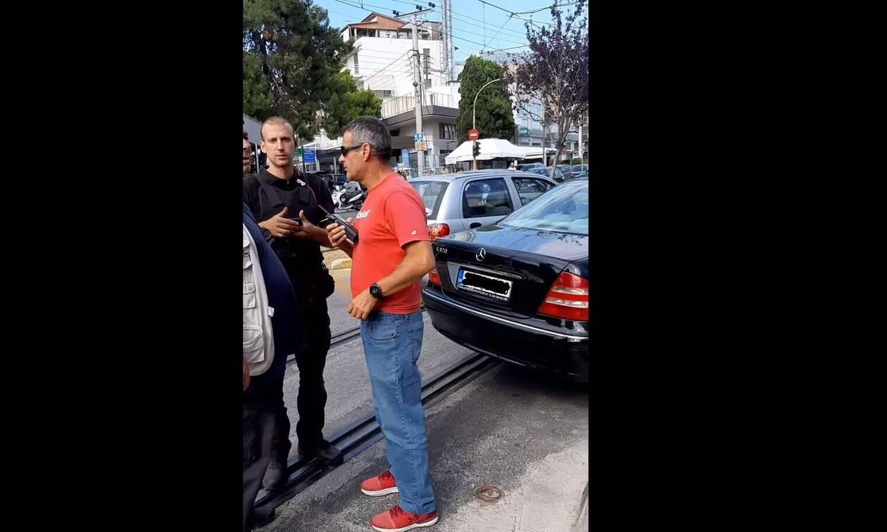 Ο κλασικός... Ελληνάρας οδηγός: Δείτε που πάρκαρε και εξοργιστείτε ελεύθερα! (pics)