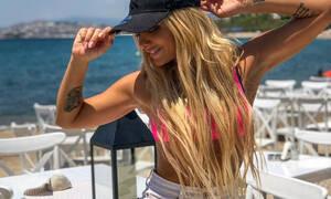 Έτσι είναι η τραγουδίστρια Ζόζεφιν χωρίς ίχνος μακιγιάζ (video)