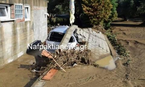 Εικόνες Αποκάλυψης στη Ναυπακτία: Καταστροφές, πλημμύρες και λάσπη από τη θεομηνία (pics&vids)