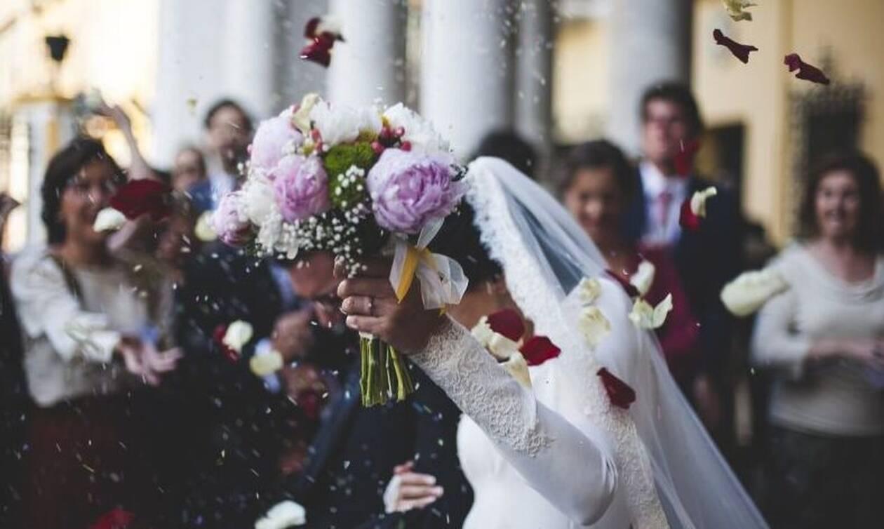 Κρήτη: Πανικός σε γάμο - «Πάγωσαν» όλοι (vid)