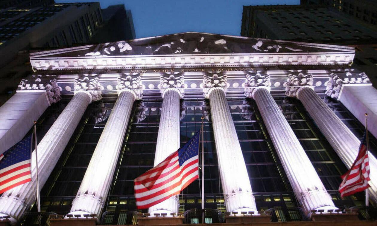 Wall Street: Με μικρή άνοδο ξεκίνησε η εβδομάδα -  Πτώση στην τιμή του πετρελαίου