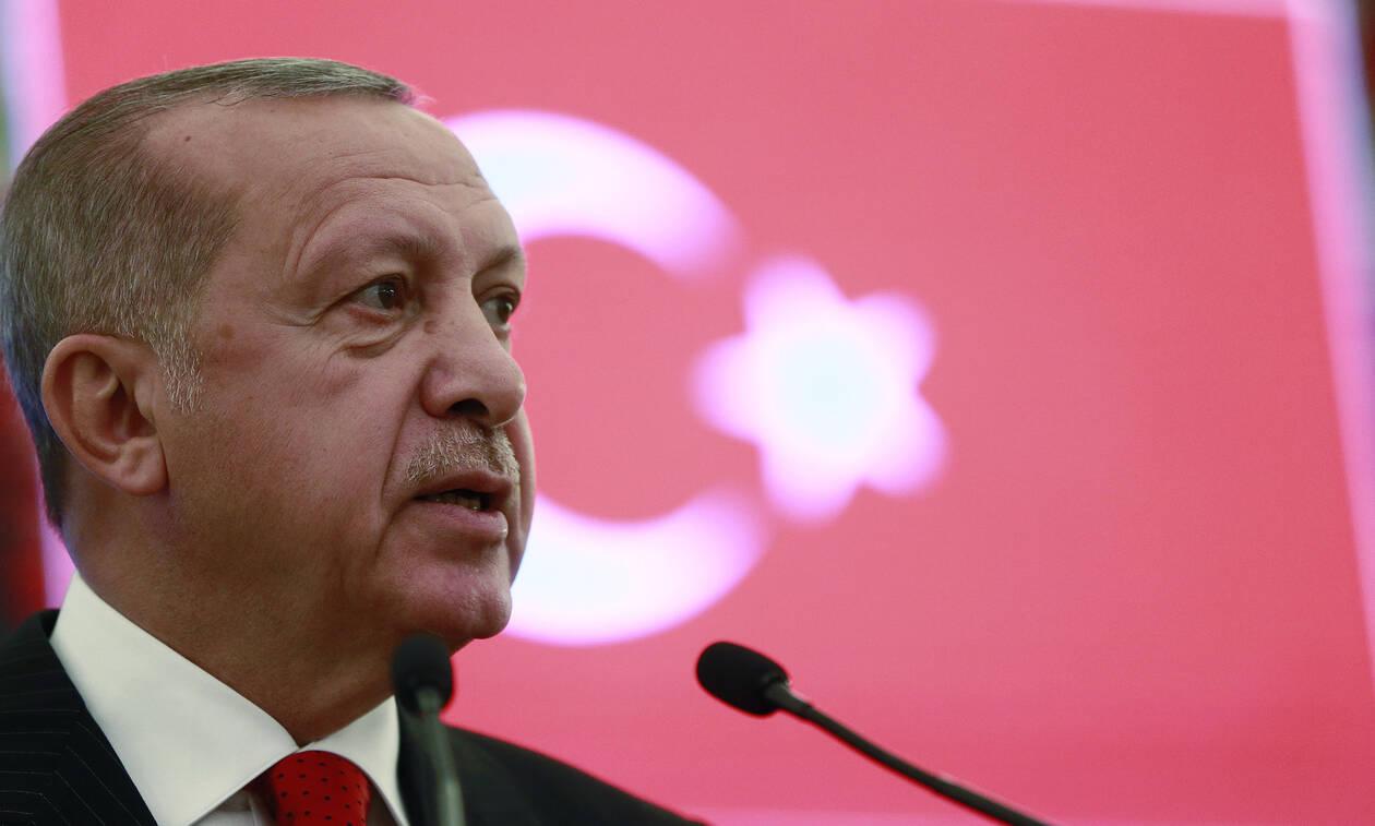 Σφυρίζει αδιάφορα ο Ερντογάν παρά τα «χαστούκια» της Ε.Ε. για τις γεωτρήσεις στην Κύπρο