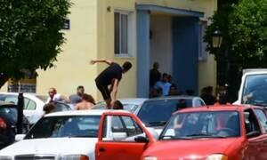 Πανικός στο Ναύπλιο: Μαχαίρια και ρόπαλα σε διανομή τροφίμων - Άγριο ξύλο